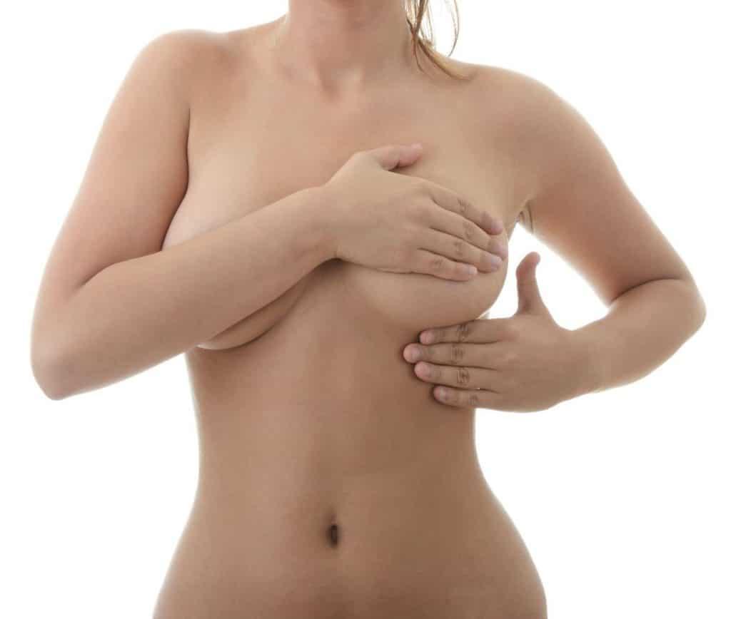 Как лечить грибок под грудью