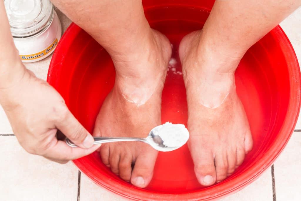 Ванночки с уксусом и содой от грибка ногтей
