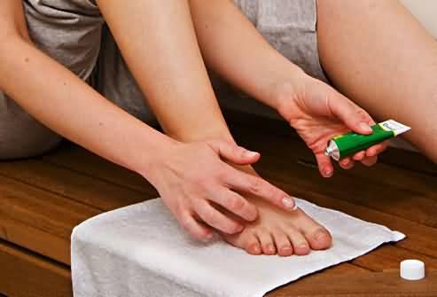 Как использовать салициловую мазь от грибка ногтей