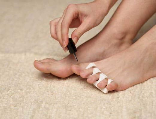 Лак от грибка ногтей, его разновидности и эффективность
