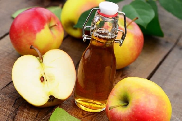 Яблочный уксус от грибка ногтей на ногах: особенности применения и эффективные рецепты