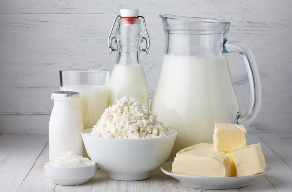 Можно ли есть творог, кефир и другие молочные продукты при кандидозе (молочнице) у женщин?